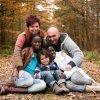 Filhos adotados e biológicos, você os ama igualmente?