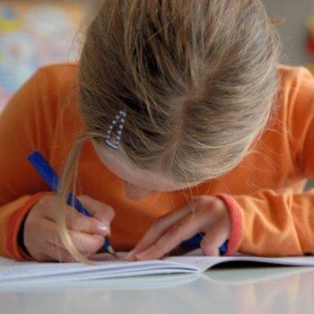 Por que é um erro deixar de escrever à mão