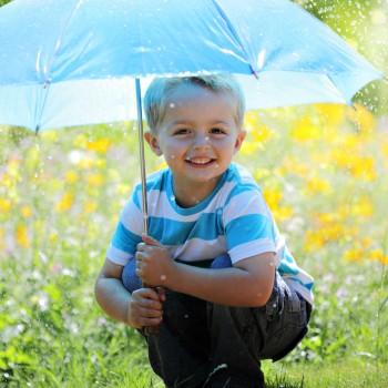 8 conselhos para proteger crianças alérgicas ao sol
