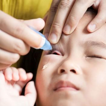 Conjuntivite em bebês e crianças