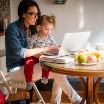 Como os pais podem conciliar o trabalho e a família