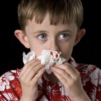 Por que o nariz das crianças sangra?
