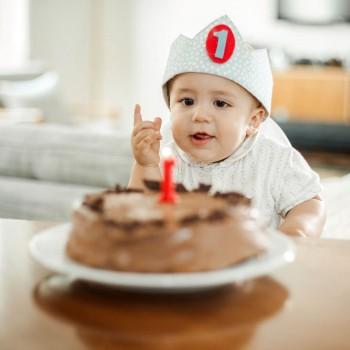 O primeiro aniversário do bebê. Como celebrá-lo