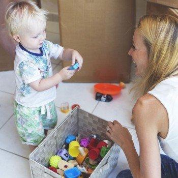 As crianças devem recolher seus brinquedos