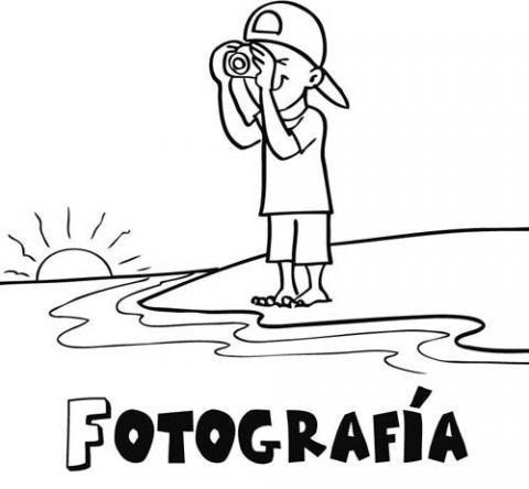 Niño sacando fotos