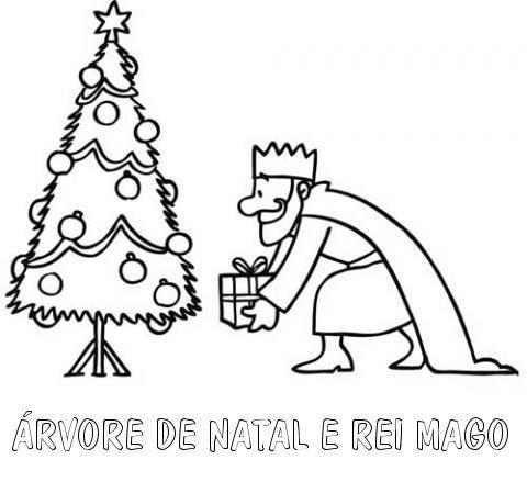Desenho para pintar de Rei Mago e árvore de Natal