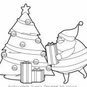 Desenho gratis de Papai Noel com árvore de Natal
