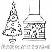 Desenho de árvore de Natal e chaminé para pintar