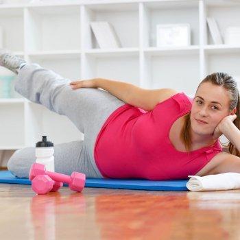 Exercício físico combate a depressão antes e depois do parto