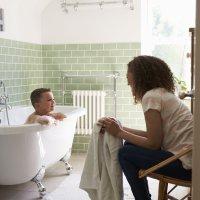 Quando as crianças podem tomar banho sozinhas