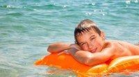 O sol é a maior fonte de vitamina D para as crianças