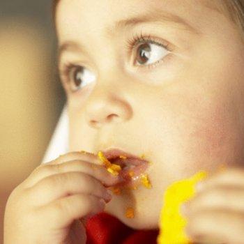 Se deve obrigar as crianças a comer?
