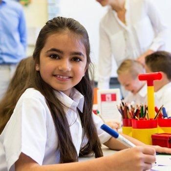 Correta postura para que as crianças escrevam
