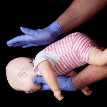 Dia Mundial dos Primeiros Socorros. Cuidados com crianças