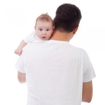 Posições para tirar os gases do bebê