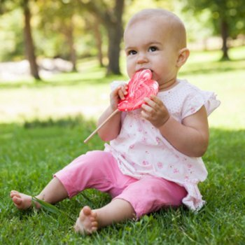 10 alimentos proibidos para os bebês antes dos 2 anos