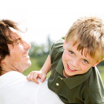 Quem consente mais, papai ou mamãe?