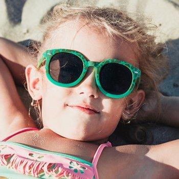 Por que as crianças deveriam usar óculos de sol