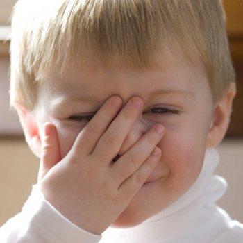 As crianças que falam sozinhas são mais inteligentes