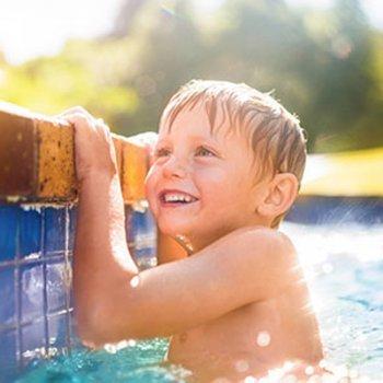 Na piscina, extrema vigilância com as crianças