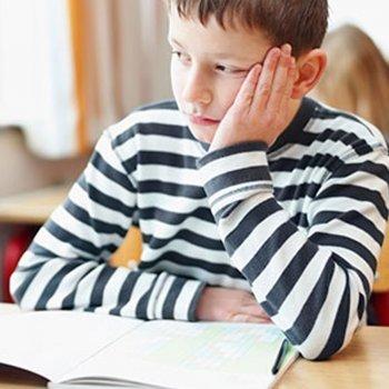 As crianças mais inteligentes se distraem mais