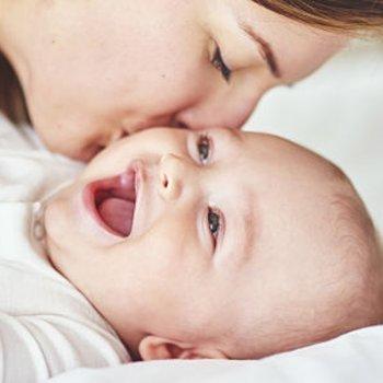 O sorriso de um filho recarrega as pilhas da mãe