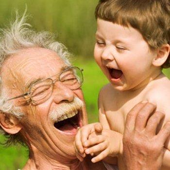 A ciência descobre por que os avós são tão carinhosos com os netos
