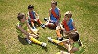 O futebol. Esportes para as crianças