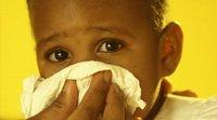 Angina e faringite na garganta das crianças