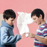 Pedra, papel e tesoura. Brincadeiras para crianças