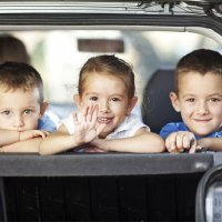 Brincadeiras para as crianças em viagens de carro