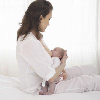 Os benefícios da amamentação para a mamãe