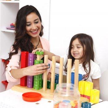 Menos brinquedos e mais brincadeiras com os filhos