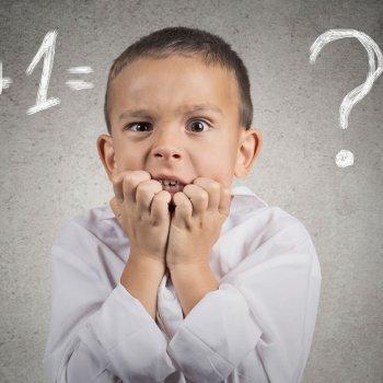 Como controlar o medo das crianças diante de uma prova