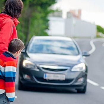 10 conselhos de segurança nas ruas para crianças de 0 a 3 anos