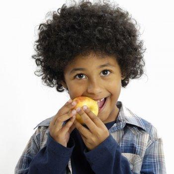 Alimentos saudáveis para os dentes das crianças
