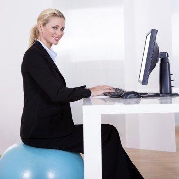 A melhor postura da gestante no trabalho