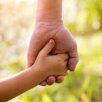 Como a idade da criança influencia na adoção