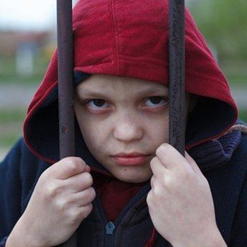 Crianças submissas. Como mudar o seu comportamento