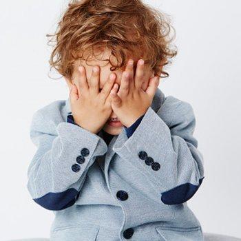O que fazer quando a criança faz xixi nas calças
