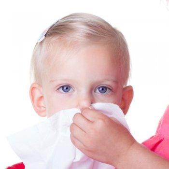 Como ensinar a criança a assuar o nariz