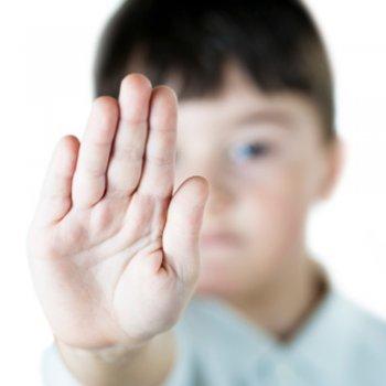 Ensine o seu filho a se defender de uma criança cruel
