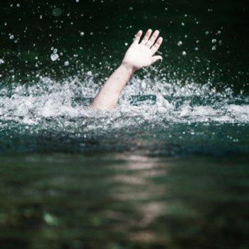 O que é o afogamento secundário em crianças