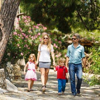 Os benefícios de caminhar para as crianças