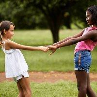 Três, três passará. Brincadeiras populares para crianças no Brasil