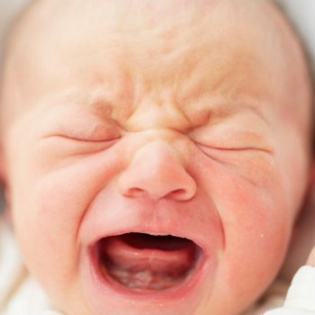 Por que os bebês choram sem lágrimas