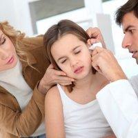 Fungo de tratamento de dedos do pé em crianças