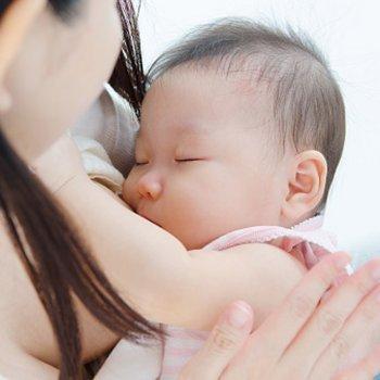 Como deve se alimentar uma mamãe lactante