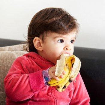 10 poderes da banana na dieta de bebês e crianças