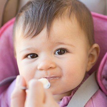 Alimentos que ajudam a prevenir as cáries em crianças e gestantes